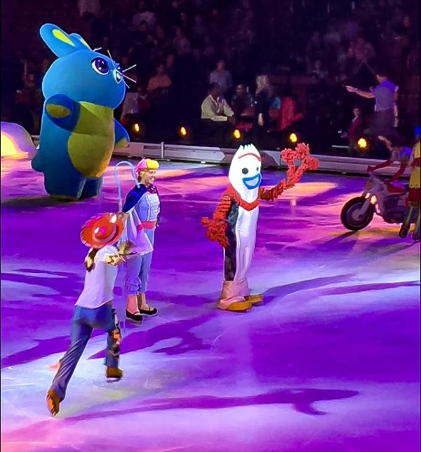 Forky at Disney On Ice presents Road Trip Adventures