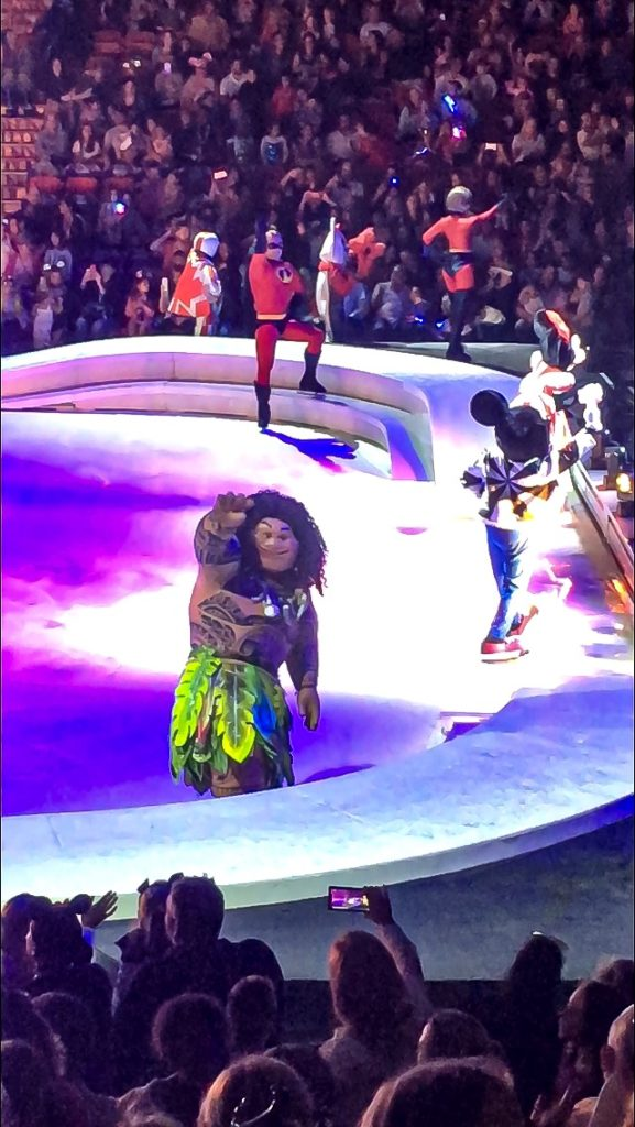 Maui waving at you at Disney On Ice presents Road Trip Adventures