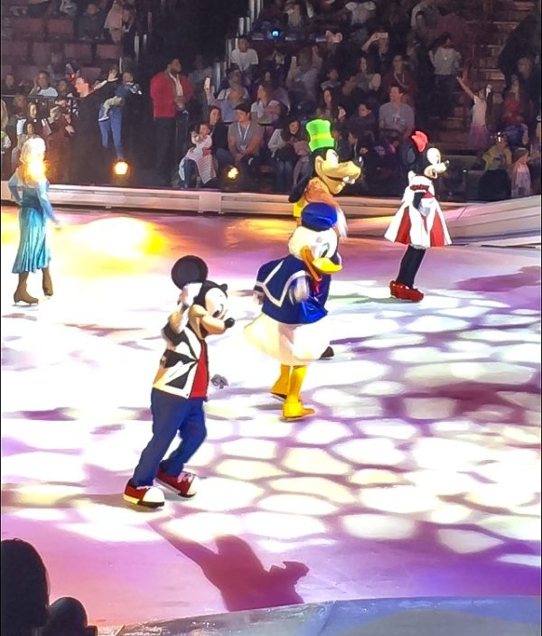 Mickey and Friends at Disney On Ice presents Road Trip Adventures