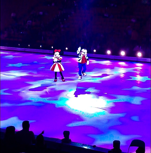 Mickey and Minnie make their entrance at Disney On Ice presents Road Trip Adventures